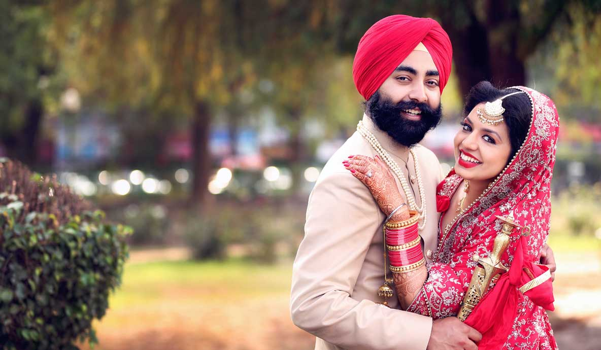 Wedding Sweet Couple Photoshoot