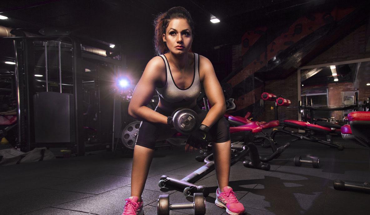 In Gym Girl Photoshoot